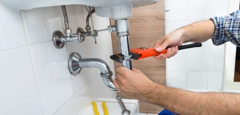 Hire the best plumbing service to serve your plumbing needs